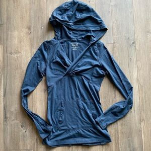 MOUNTAIN HARDWARE Blue Pullover Hooded Top XS